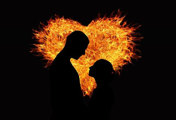 "The ""Push & Pull"" between Twin Flames  